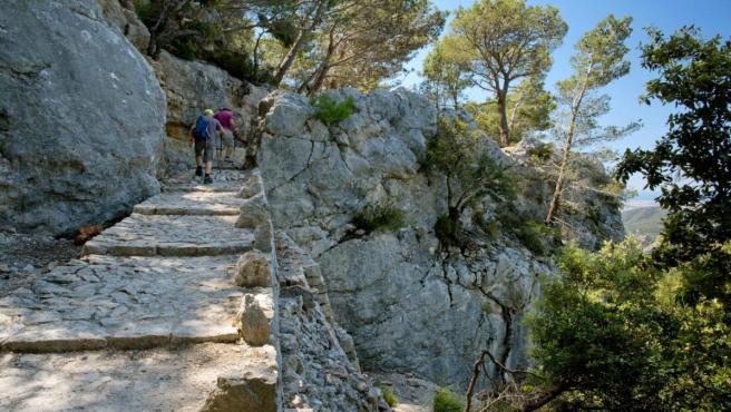 Imagen de uno de los caminos de la Ruta de la Pedra en Sec, en la isla de Mallorca.