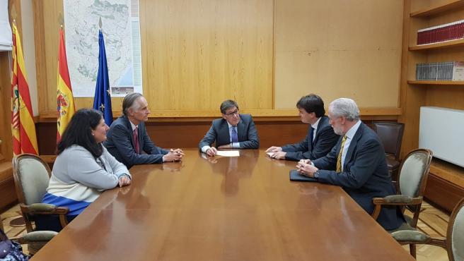 Aliaga se reúne con representantes alemanes para reforzar los lazos comerciales con Aragón