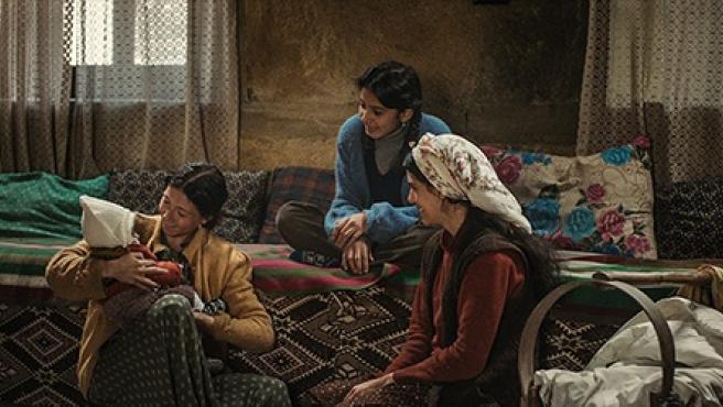 Fotograma de la película 'Cuento de tres hermanas'