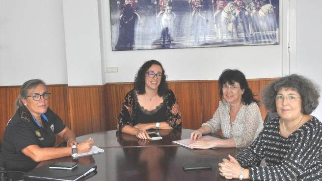 (I-D) Antònia Barceló, Joana Maria Adrover, Àngels Fermoselle Y Pilar Barceló.