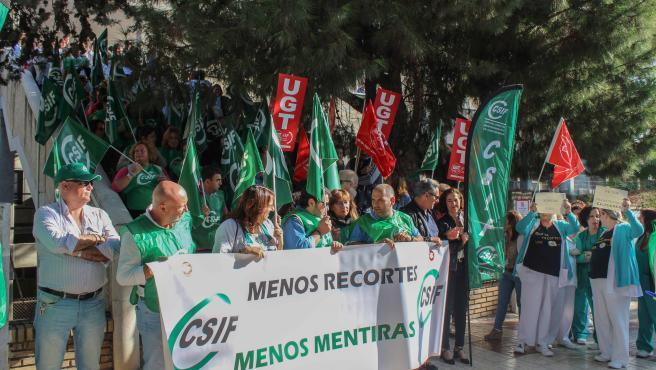 Nueva protesta contra la falta de personal en los centros de salud y hospitales de Málaga