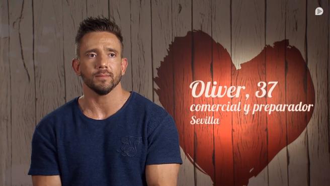 Oliver, en 'First dates'.