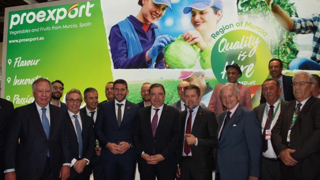 Proexport, el consejero Luengo y el ministro de Agricultura, Pesca y Alimentación, Luis Planas en Fruit Atraction