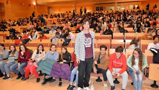 Alumnos de la UCLM durante un monólogo