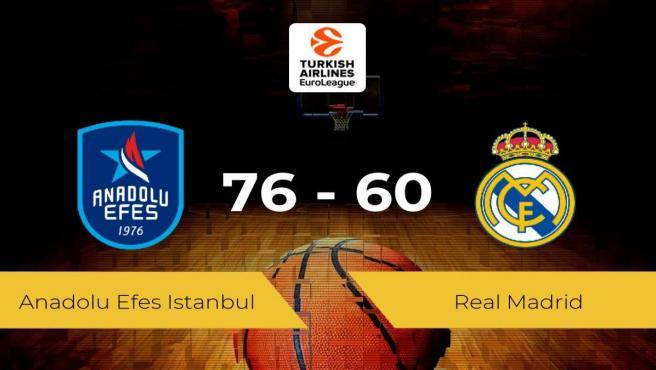 El Anadolu Efes Istanbul logra la victoria frente al Real Madrid por 76-60