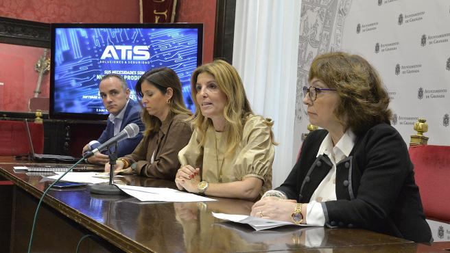 La concejal de Participación Ciudadana de Granada, Eva Martín
