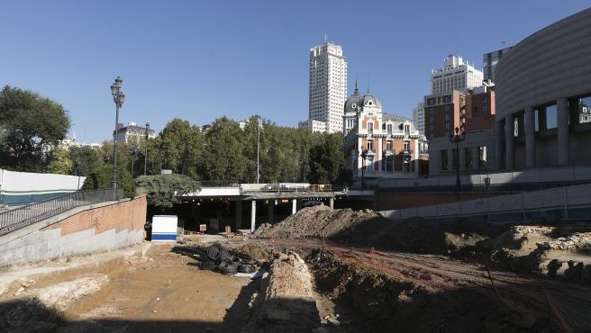 Los hallazgos paralizan las obras de la calle Bailén.
