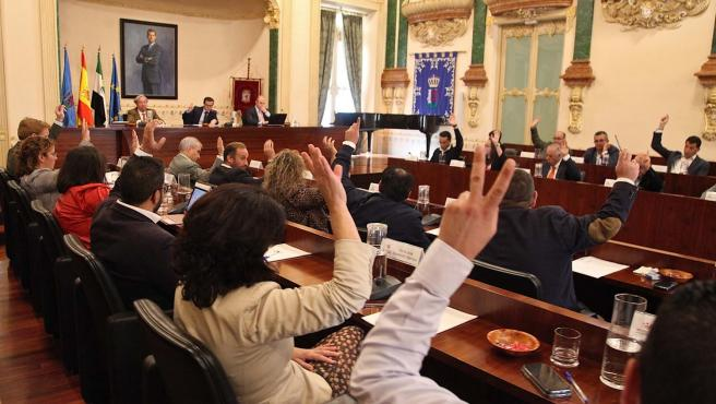 Pleno en la Diputación de Badajoz