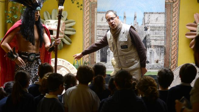 Las visitas guiadas al antiguo Egipto, la civilización Maya y a los Inventos Leonardo Da Vinci acercan a los pequeños y grandes a las maravillas del patrimonio histórico universal, en la sede de la Fundación Sophia en Palma.