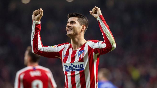 Álvaro Morata celebra un gol con el Atlético de Madrid