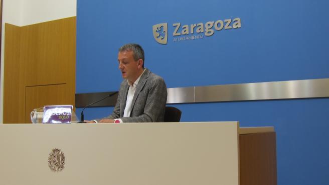 El portavoz del grupo de Podemos-Equo en el Ayuntamiento de Zaragoza, Fernando Rivarés.
