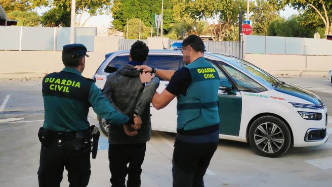 La Guardia Civil detiene a un peligroso y escurridizo delincuente por cometer varios robos con violencia en Torre Pacheco
