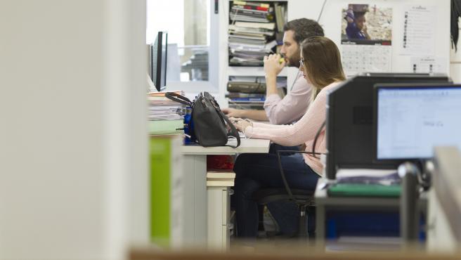Trabajadores en una imagen de archivo