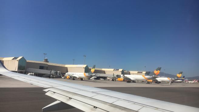 Aviones de Thomas Cook en el aeropuerto de Son Sant Joan, en Palma.