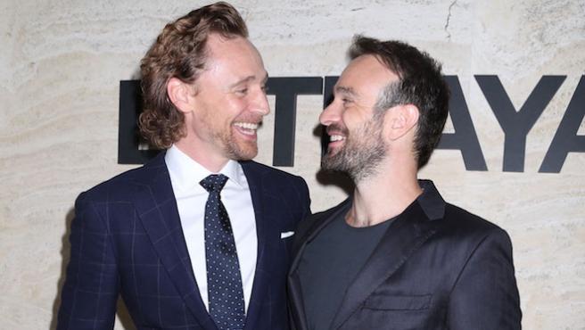 Halloween marvelita: Tom Hiddleston y Charlie Cox se cambian sus personajes