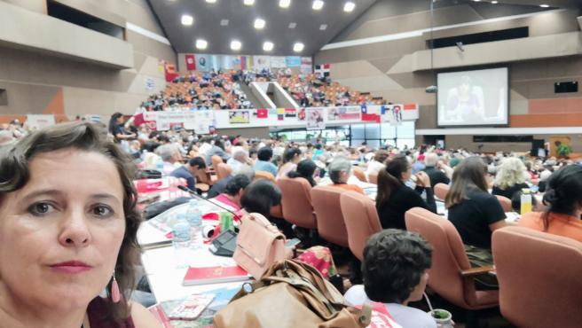 Ana Miranda en un encuentro antiimperialista en Cuba