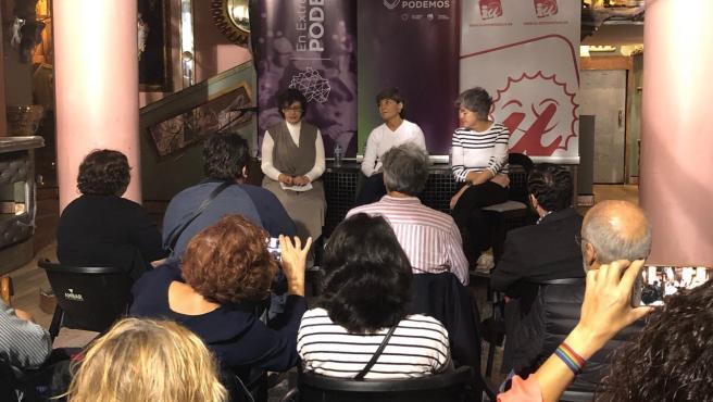 Botejara, en un encuentro político con ciudadanos en Badajoz.