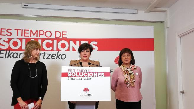 De izquierda a derecha: Ana Ollo, María Solana y Esther Cremaes