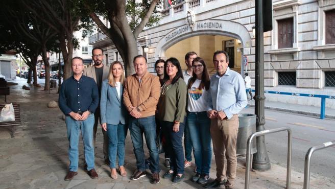El candidato de Ciudadanos al Congreso de los Diputados por Baleares, Joan Mesquida, ha explicado las medidas en materia fiscal, en una acto de campaña celebrado este sábado en Palma