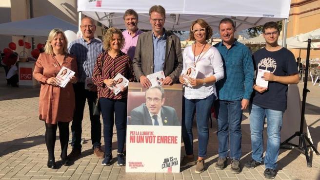 El candidato de JxCat al Congreso por Tarragona, Ferran Bel, en un acto de campaña en Tortosa