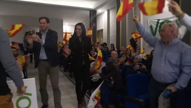 Los candidatos de Vox en un acto de campaña electoral en Calatayud (Zaragoza).