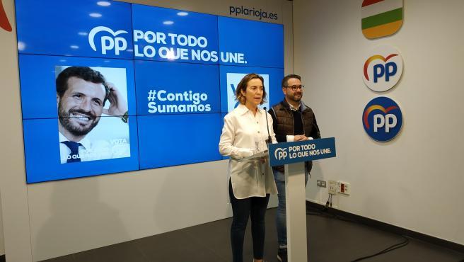 Los candidatos del PP al Congreso por La Rioja, Cuca Gamarra y Javier Merino