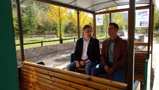 Moreno durante su visita al Parque temático de la minería y el ferrocarril de Utrillas.