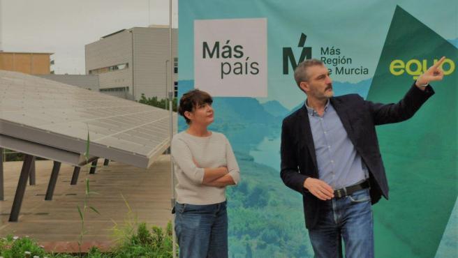 Óscar Urralburu Y María Giménez