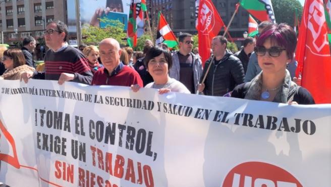 Concentración de UGT Euskadi contra la siniestralidad y los riesgos laborales en Bilbao.