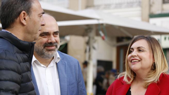 Los candidatos socialistas este domingo en la capital aragonesa.