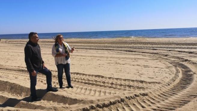María Luisa Faneca en la playa de Isla Cristina