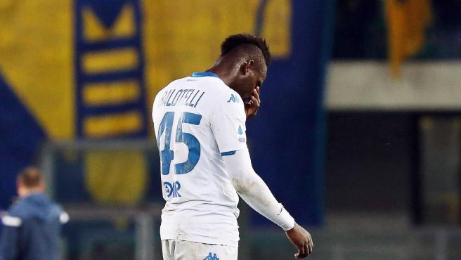 Mario Balotelli fue víctima de insultos racistas en Verona