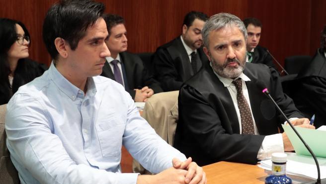 Rodrigo Lanza en la primera sesión del juicio por el asesinato.