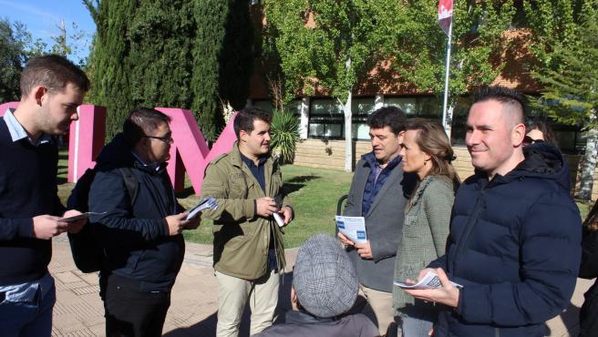 La cabeza de lista del PP al Congreso por Albacete Carmen Navarro en un acto en la universidad