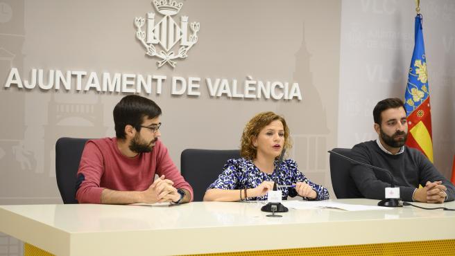 La concejala Pilar Bernabé en una rueda de prensa