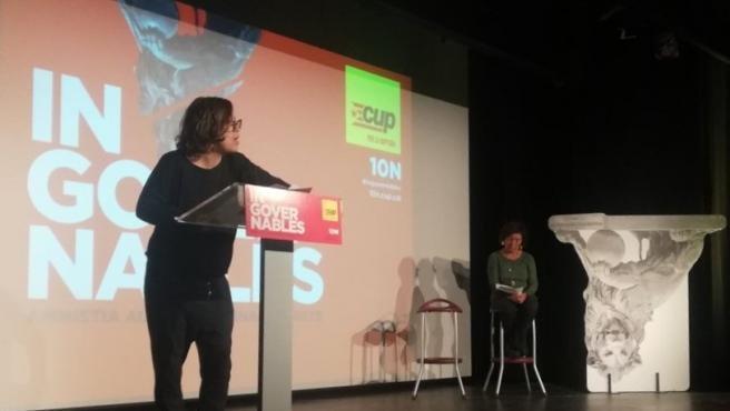 La número tres de la CUP al Congreso, Eulàlia Reguant, en un mitin de campaña en Reus (Tarragona) por las elecciones generales del 10 de noviembre de 2019