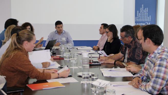 Reunión de la Mesa de Calidad Turística Caminito del Rey con la adhesión de empresas y entidades