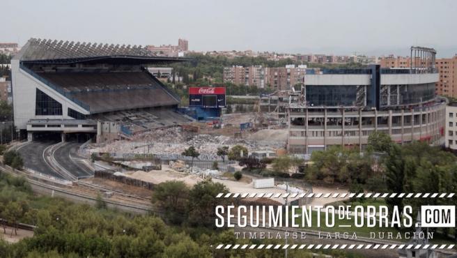 Un momento de la demolición del Vicente Calderón