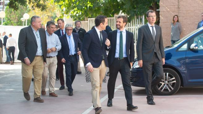 07/11/2019.-Murcia Pablo casado acompañado por el alcalde Ballesta Presidente Lopez Miras y Teodoro visitan la escuela de cocina de la Flota