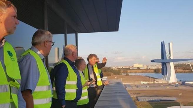 La delegación de directivos del puerto de Aalborg (Dinamarca) en la Autoridad Portuaria de Sevilla