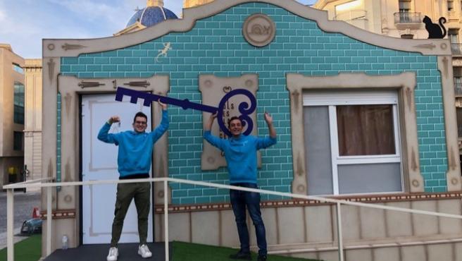 La primera pareja en ocupar la casa, José Serrano y Eduardo Sánchez.
