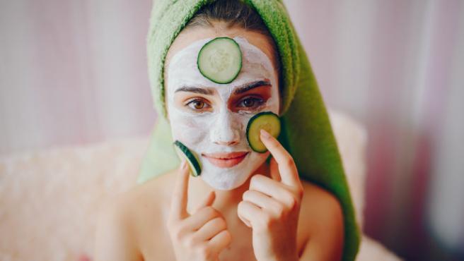 Solo hay que saber cómo cuidar la piel para disfrutar de un cutis digno.