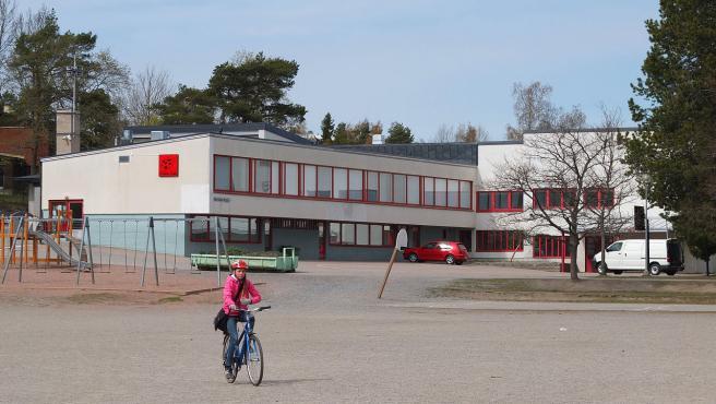 Imagen de una escuela de primaria en Finlandia.