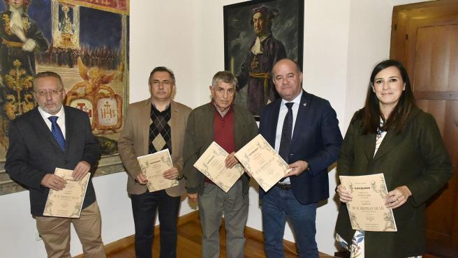 El alcalde de Antequera en un acto en el Archivo Municipal