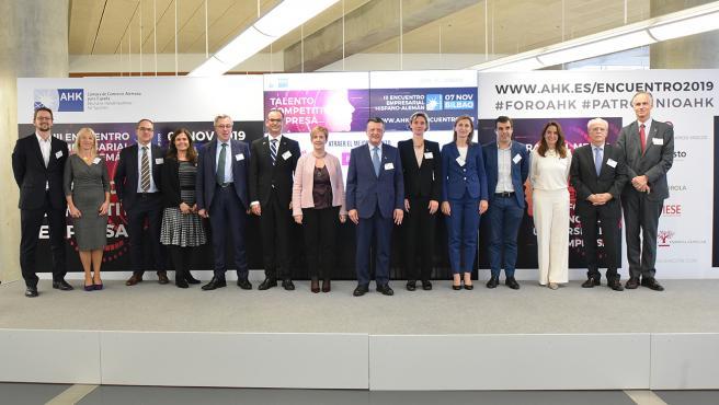 Ponentes del III Encuentro Empresarial Hispano-Alemán en Bilbao, organizado por la Cámara de Comercio Alemana para España.