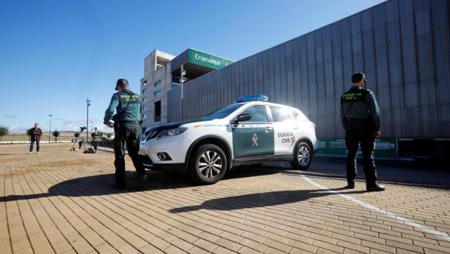 La Guardia Civil registró este jueves el estadio del Córdoba