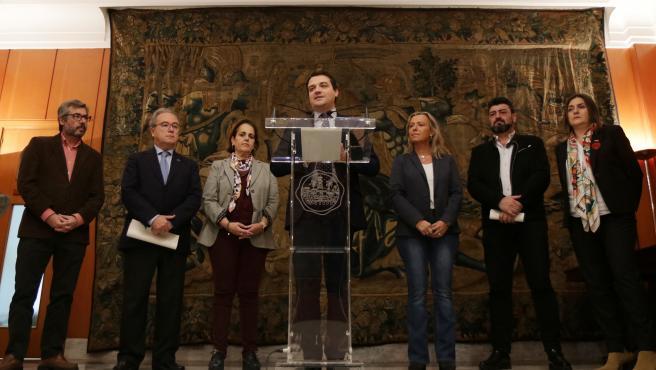 José María Bellido atiende en una rueda de prensa.