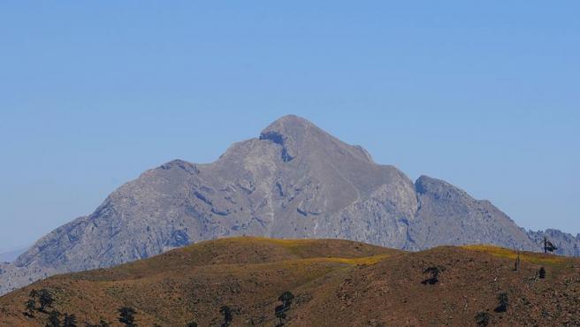 Imagen de una montaña.