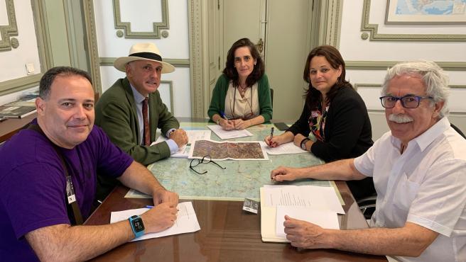 Reunión de la alcaldesa de Espartinas con Susana Cayuelas