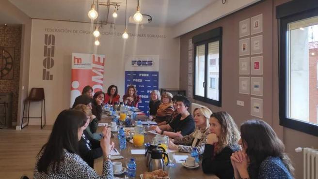 Reunión del II Foro de Liderazgo en Soria.